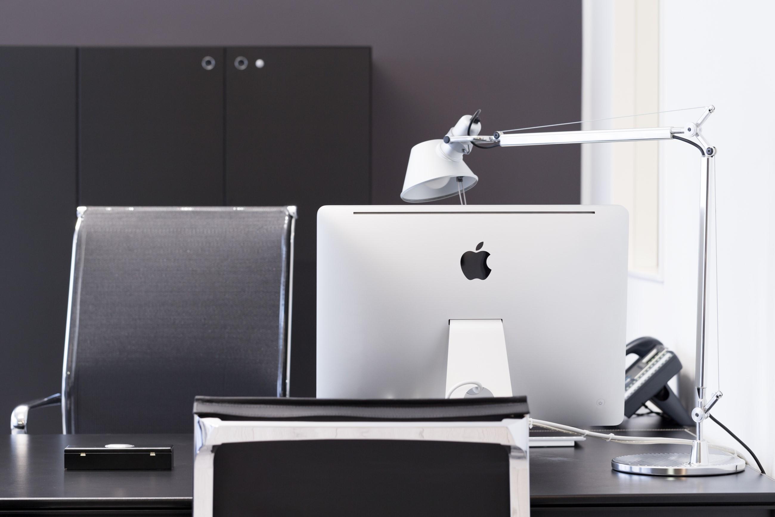 Servizio fotografico di interni per generali italia rovereto for Interior design ufficio