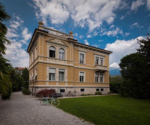 Fotografo di architettura in Trentino - Villa Brunelli - appartamenti Riva del Garda - Lake Garda - Garda Trentino - Italy