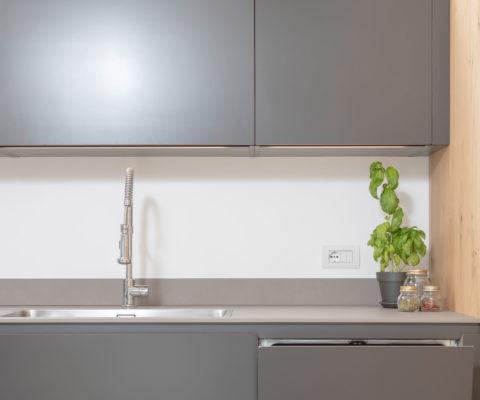 Pizzedaz - interior design - cucina ©Matteo Bridarolli